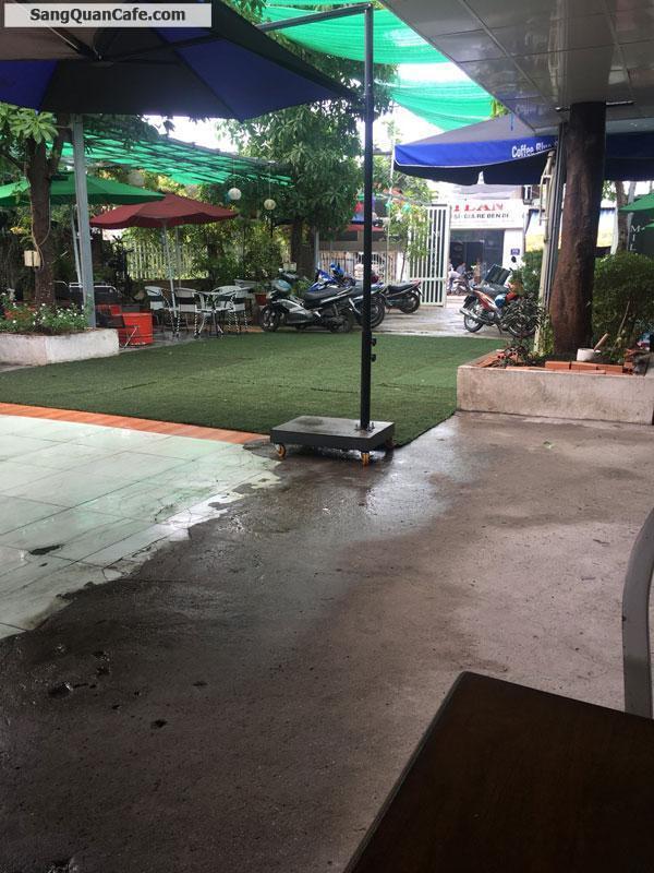 Sang quán cafe sân vườn đang kinh doanh đông khách