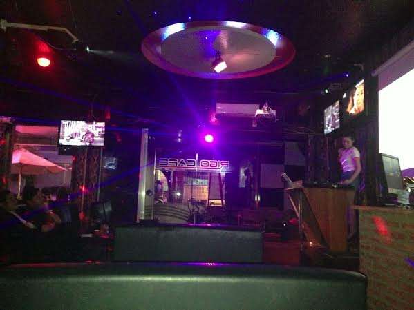 Sang quán cafe bar