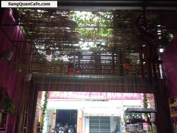 Sang quán Cafe trung tâm quận Tân Phú