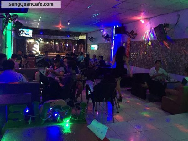 Sang quán cà phê Phong cách DJ đang hoạt động tốt