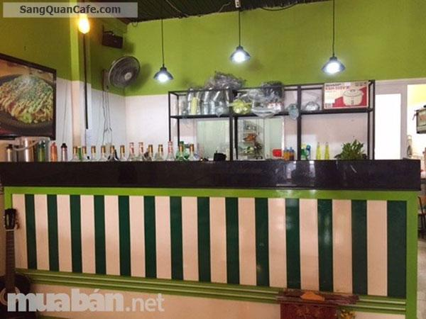 Sang quán cafe, nước giải khát và bò bít tết