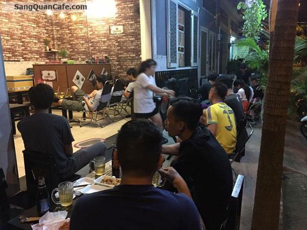 cần sang gấp quán cà phê quận Tân Phú