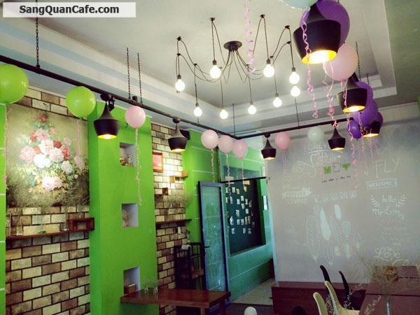 Sang quán cafe Trà sữa thức ăn nhanh đông khách