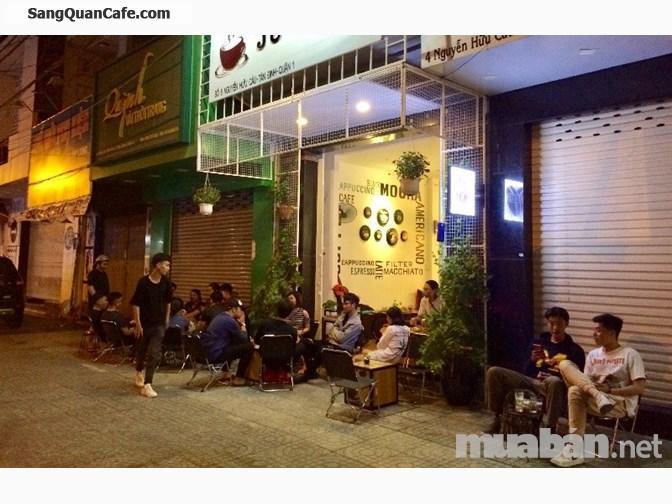 Sang quán cafe vị trí đẹp mặt tiền quận 1