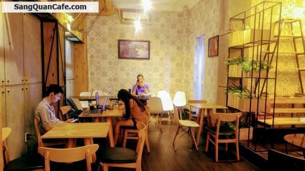 Sang Nhượng hoặc Hợp tác Kinh Doanh quán Cafe Không Gian đẹp, Quận 10