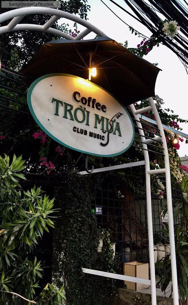 Không người quản lý CẦN SANG GẤP quán cafe Sân vườn