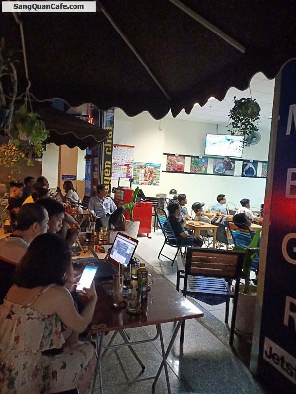 Sang quán cafe dưới chung cư Hóc Môn