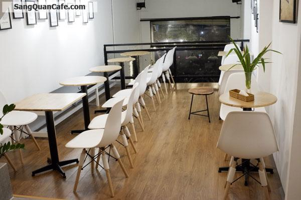 Sang quán cafe 2 mặt tiền quận 3