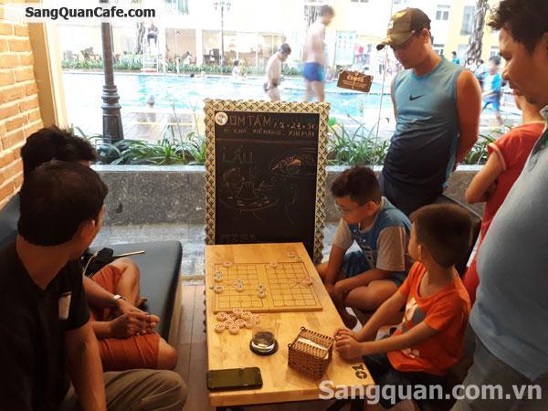Sang nhà hàng - cafe doanh thu 250 triệu - 300 triệu/tháng