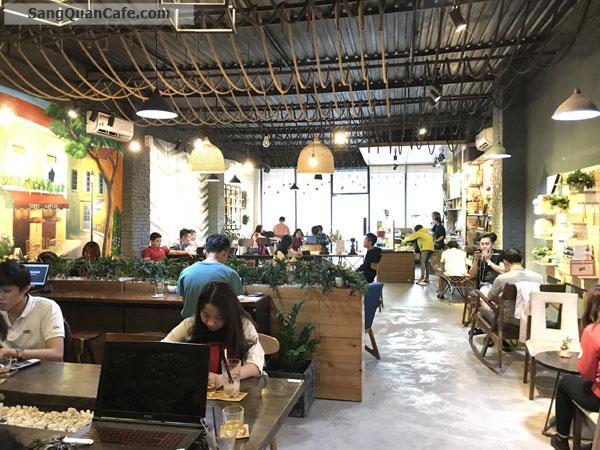 Sang quán cafe vị trí đẹp nhất quận 9