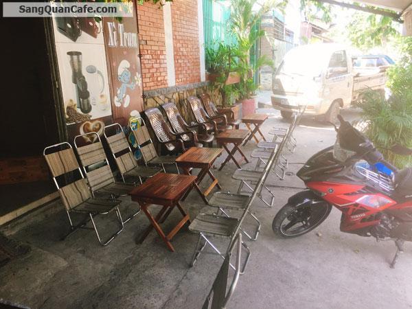 Sang Cafe Ghế Gỗ Vỉa hè Rộng + Khách Đông