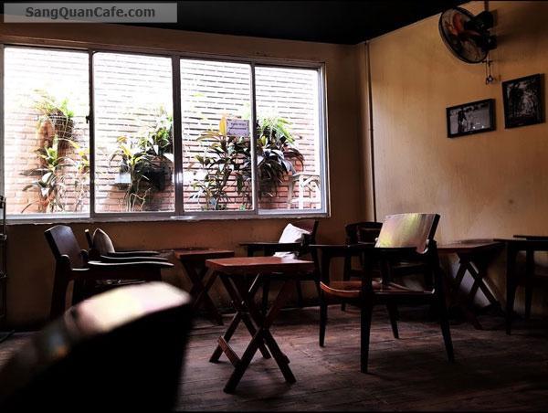 Sang quán cafe nhạc Acoustic cơm văn phòng