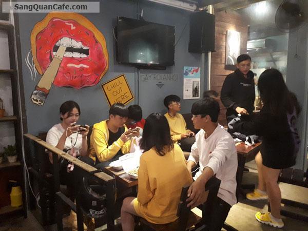 Cần sang quán cafe đang kinh doanh có lượng khách ổn định