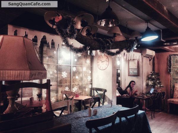 cần sang lại quán cafe phong cách xưa