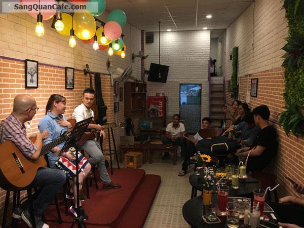 Sang quán cafe đang kinh doanh ổn định tại Quận Bình Thạnh.