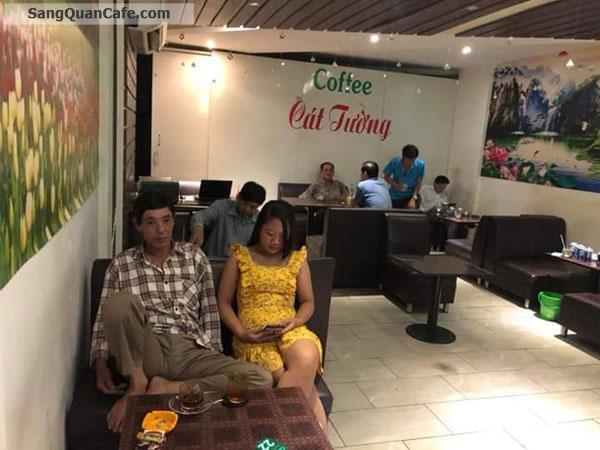 Sang quán cafe mặt tiền góc ngã 4