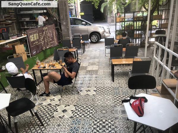 Sang quán cà phê Bụi vào kinh doanh ngay