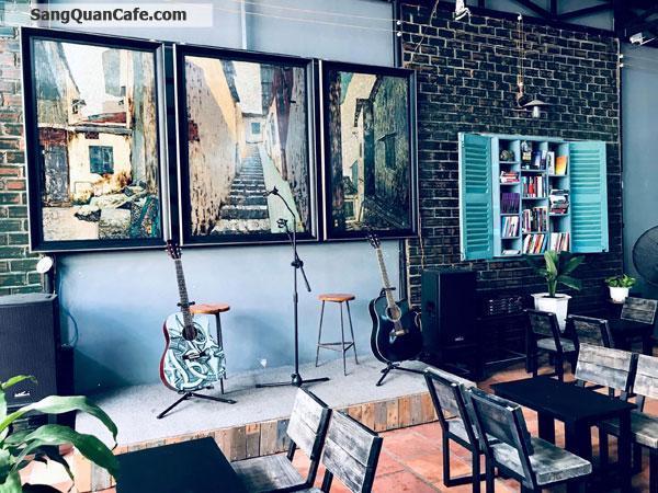 Cần sang nhượng quán cafe sân vườn, Nhạc Acoustic