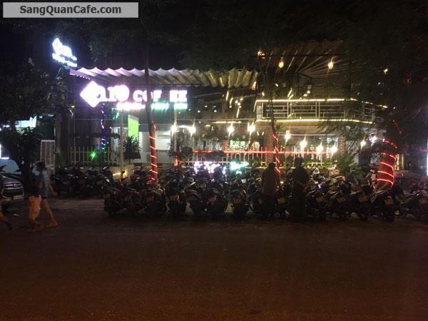 cần sang lại quán Cafe rất đông khách 600m2
