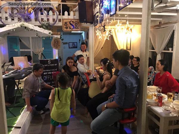 Sang nhanh quán cafe aucoutic hát với nhau
