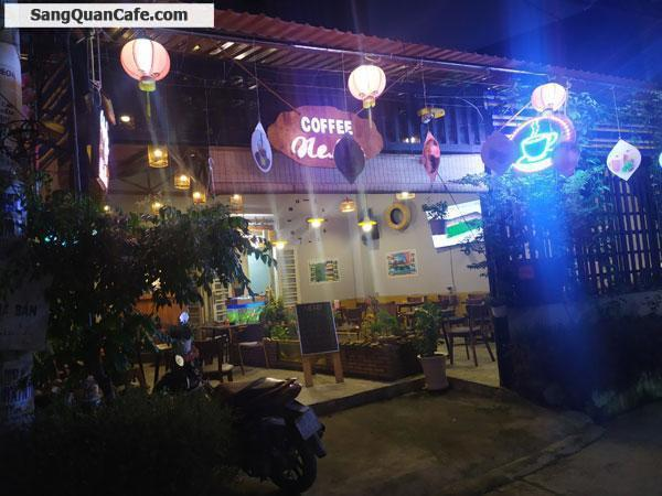 Cần sang gấp quán cafe hai mặt tiền đường chợ