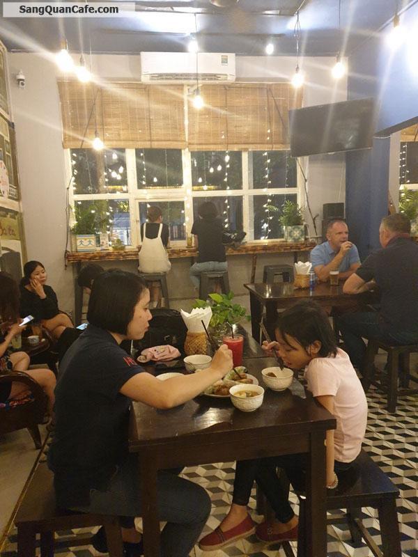 Sang quán cafe hoài cổ trung tâm quận 1