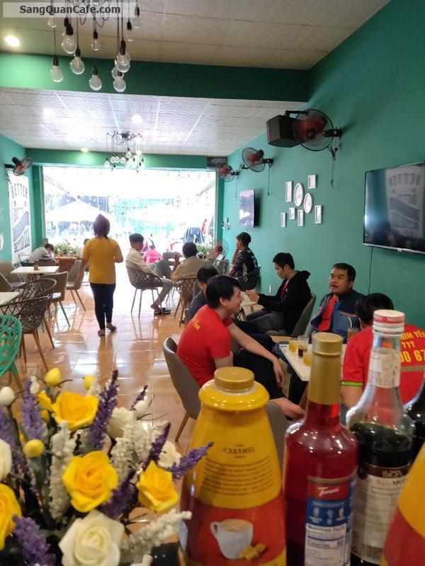 Sang quán cafe Bóng Đá thu nhập ổn định
