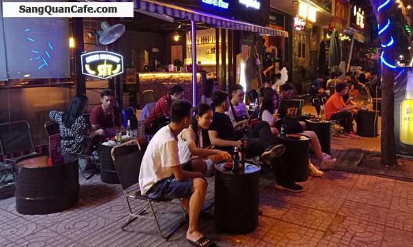Sang quán cafe bia bệt đường Phạm Văn Đồng .