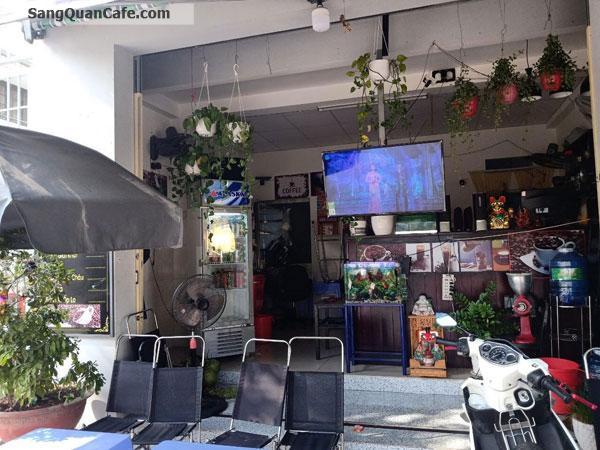Sang Cafe Công viên + vỉa hè 20m , Giá thuê : 6,5 tr / tháng .