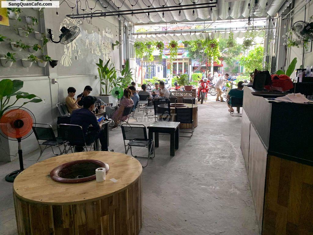 Sang quán Cafe mặt bằng đẹp quận Tân Phú