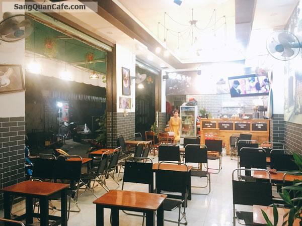 Cần sang quán Cafe góc 2 mặt tiền quận Tân Phú