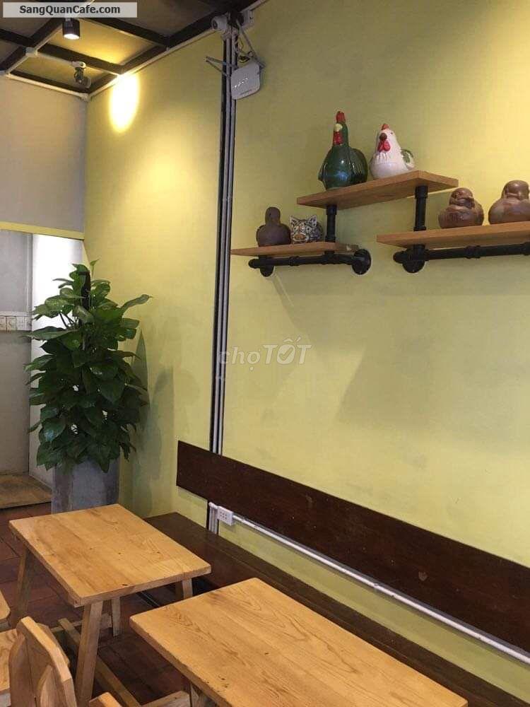 Sang toàn bộ quán cà phê trung tâm quận 1