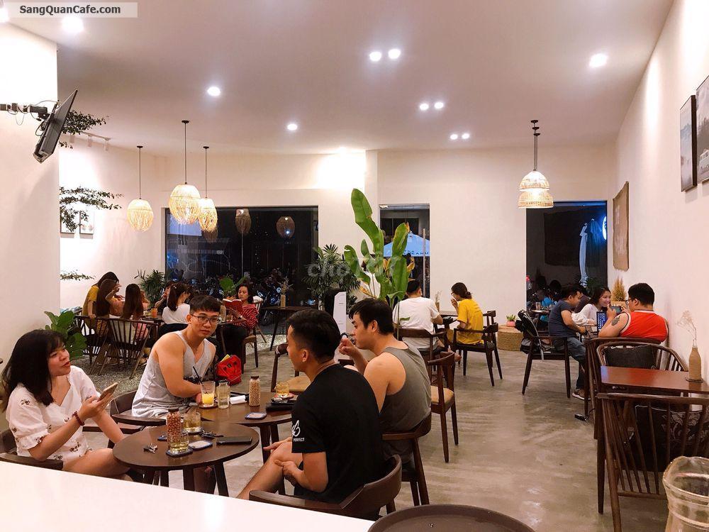 - Mình Cần Sang Lai Mặt Bằng Quán Coffee Đang Kinh Doanh
