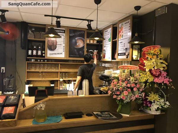 Cần lại sang quán Cafe 2 mặt tiền quận Tân Phú