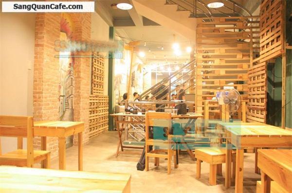 Sang gấp quán cà phê mặt tiền đường Đồng Khởi