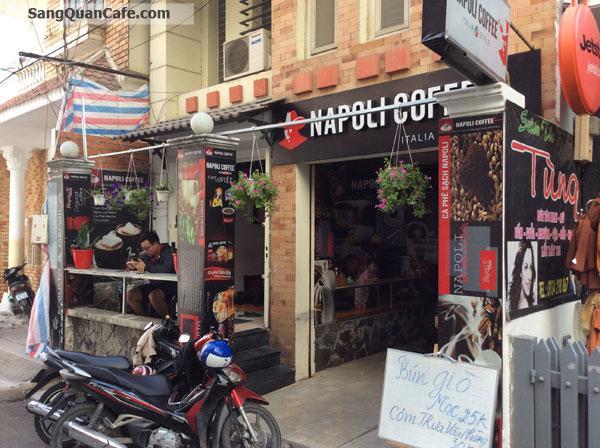Cần sang gấp quán cà phê NaPoLi đường D1