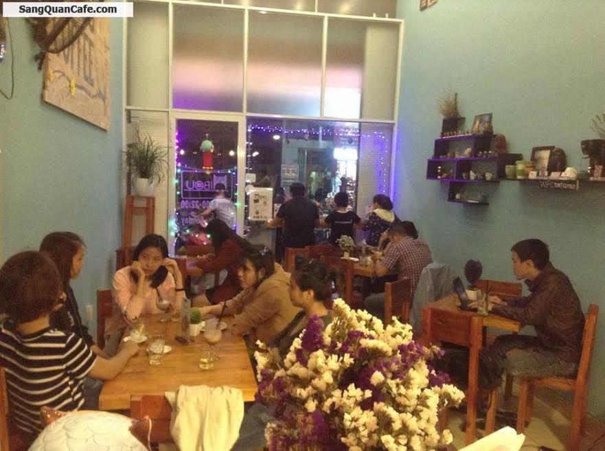 Sang gấp quán cafe bánh ngọt Pháp