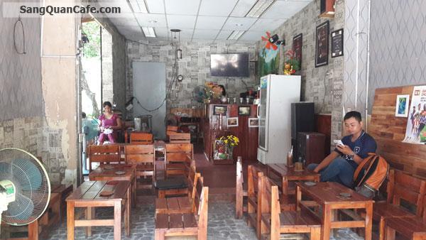 Cần sang gấp quán cafe đang kinh doanh đông khách, khu K300