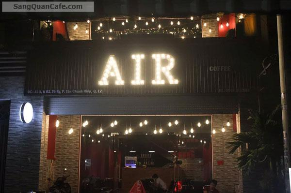 can-sang-lai-quan-cafe-dang-hoat-rat-dong-khach-62814.jpg