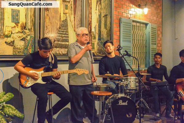 can-sang-nhuong-quan-cafe-san-vuon-nhac-acoustic-83426.jpg
