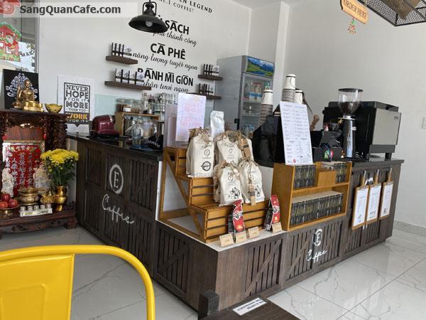 Cần sang Quán Cafe E Coffee Trung Nguyên