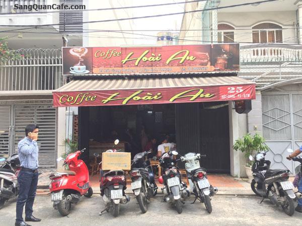 cần sang quán cafe ghế gỗ khu sân bay Tân Sơn Nhất