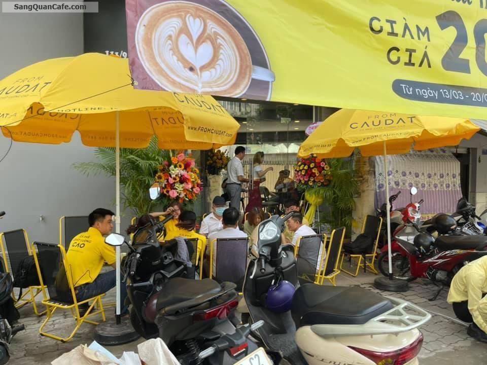 Cần sang quán cafe tại 111 Nguyễn thị xiếu, Q.7