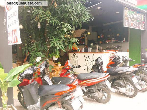 Đi nước ngoài cần sang gấp quán Cafe