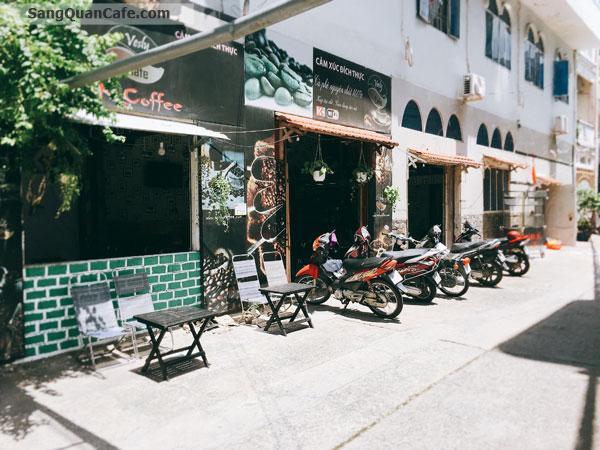 Sang Cafe góc 2 mặt tiền quận Tân Phú