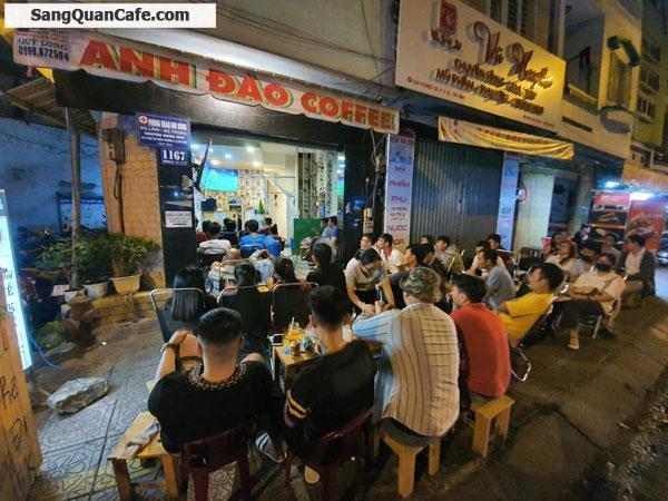 Sang Cafe mặt bằng đẹp Góc 2 mặt tiền