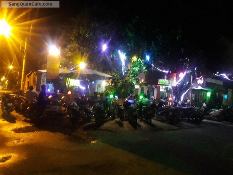 Sang cafe Sân Vườn 2 mặt tiềt Hóc Môn