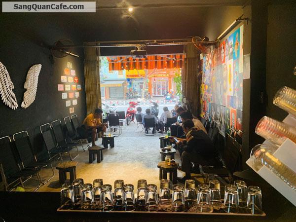 Sang Cafe vỉa hè rộng 8m vị trí đẹp