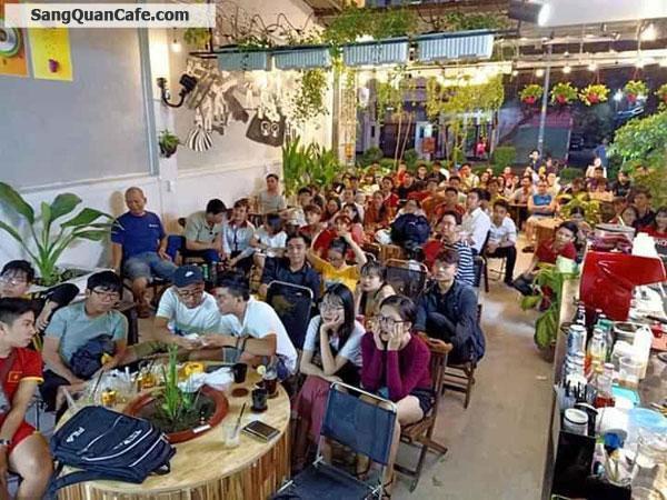 Sang gấp quán cafe mặt bằng đẹp, quận Tân Phú