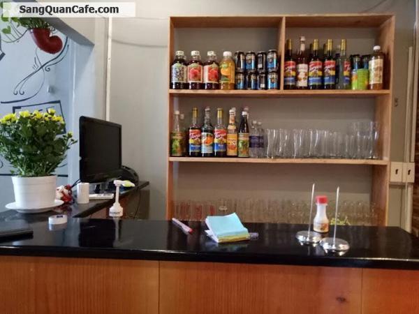 Sang mặt bằng kinh doanh và trang thiết bị bán cafe